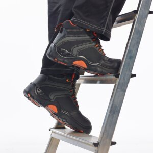 Safety Boots/Shoes